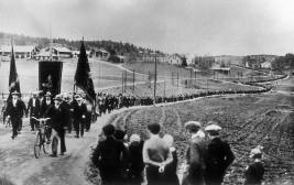 FILES 1931 - Sawmill workers strike in Ådalen, Sweden, which led to violent clashes with the army. COPYRIGHT SCANPIX SWEDEN (code 190)
